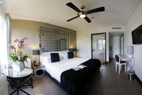 Room Mate Waldorf